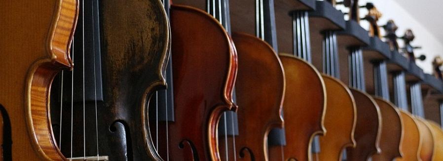 Nitelikli Müzik Eğitiminin Adresi; 'Dilek Müzik Evi' Kurslarımız Hakkında Detaylı Bilgi Almak İçin;  Bilgi Talebi Bırakın veya (0312) 425 27 80 Arayın